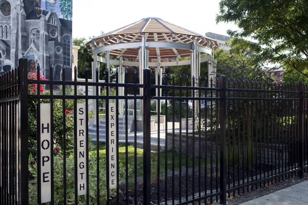<em>Inspirational Gateway</em> with <em>Sanctuary</em> in the background. Photo Gregory Benson for the Association for Public Art.
