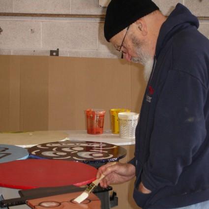 Artist Rafael Ferrer restoring El Grant Teatro