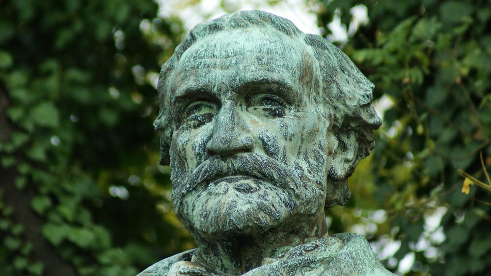A detail of G. B. Bashanellifusi's Giuseppe Verdi in Fairmount Park