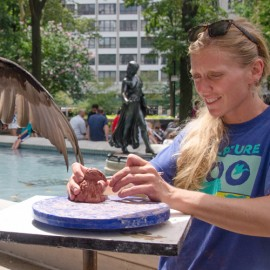 Sculptor Colleen Rudolf at Sculpture Zoo