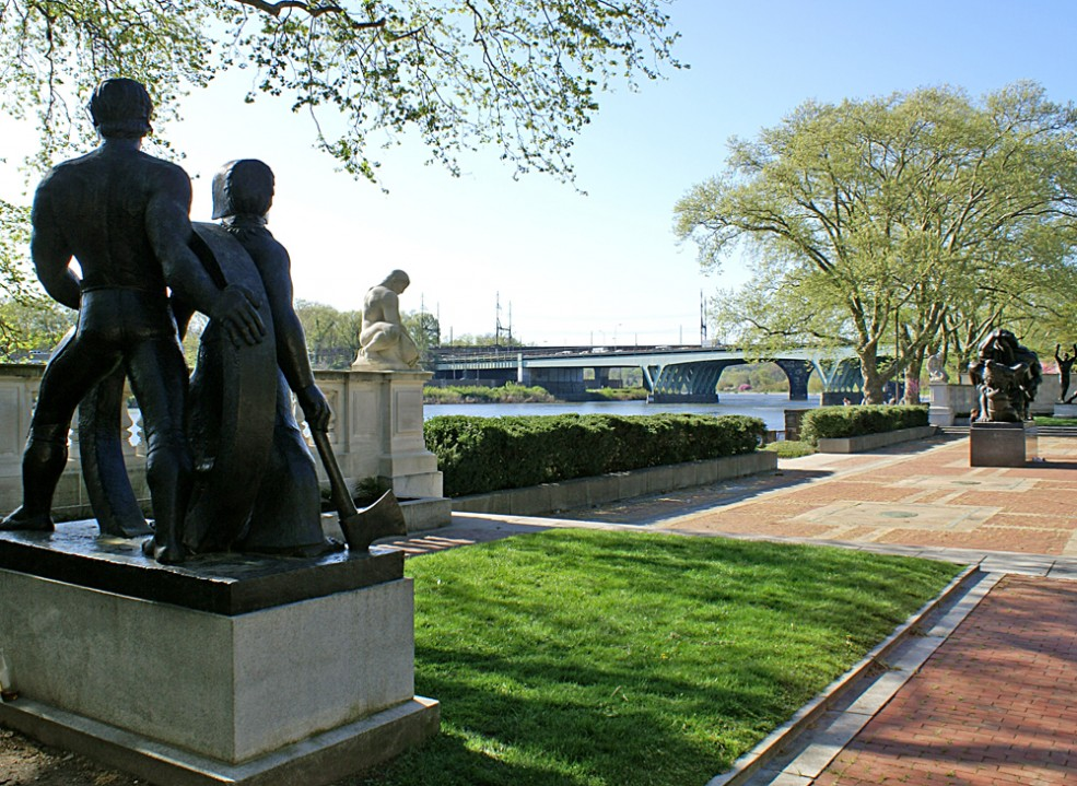 Central Terrace of the Ellen Phillips Samuel Memorial. Photo Caitlin Martin © 2010 for the Association for Public Art.