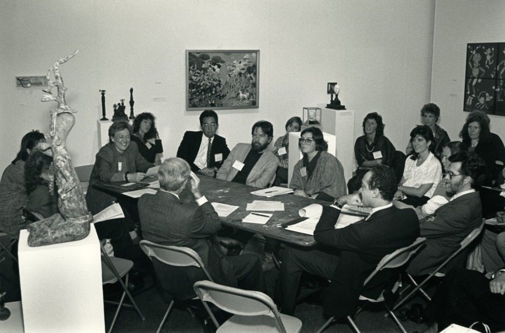 "Public Art School, Fleisher Art Memorial, ""Working with Developers,"" led by Ari Sikora; part of Public Art in America '87. Photo Gary McKinnis © 1987 for the Association for Public Art"
