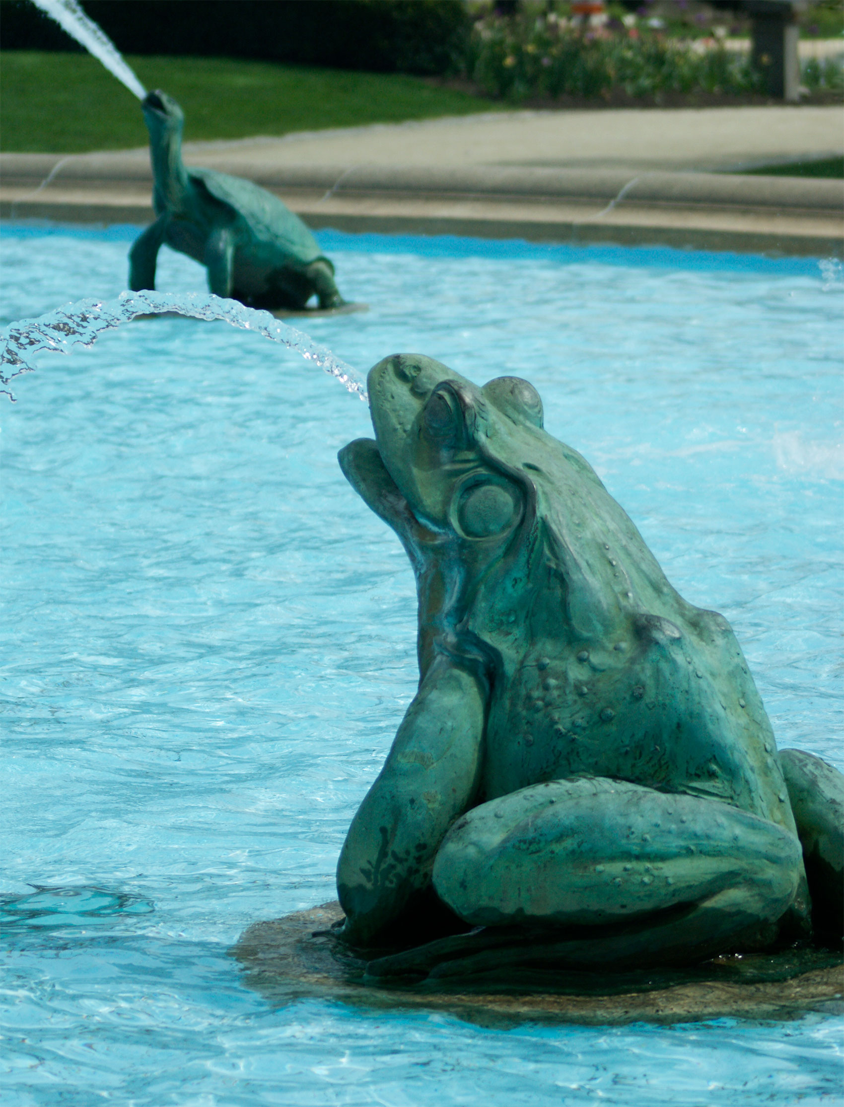 Frog and turtle sculptures of the Swann Memorial Fountain
