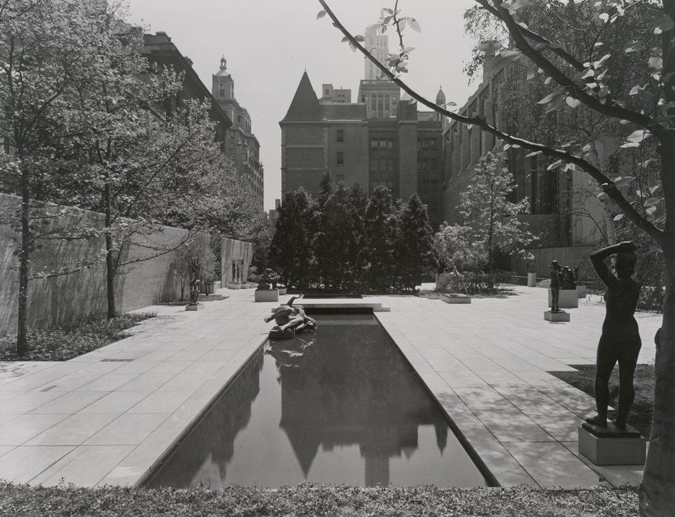 <em>Maja</em> in 1953 at the Museum of Modern Art's Abby Aldrich Rockefeller Sculpture Garden (NY), where the sculpture was on view for the <em>Sculpture of the Twentieth Century </em> exhibition. Digital Image © The Museum of Modern Art/Licensed by SCALA / Art Resource, NY